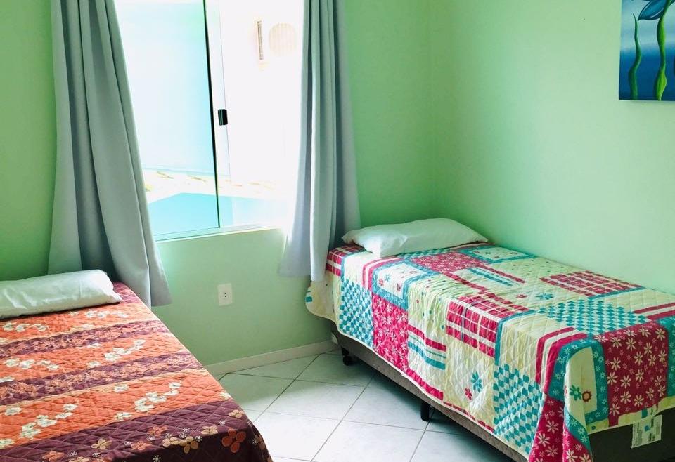 Apartamento 2 Dormitórios Centro de Bombinhas