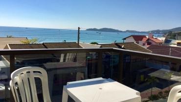 COD A098 – Apartamento com 2 dormitórios praia de Bombas