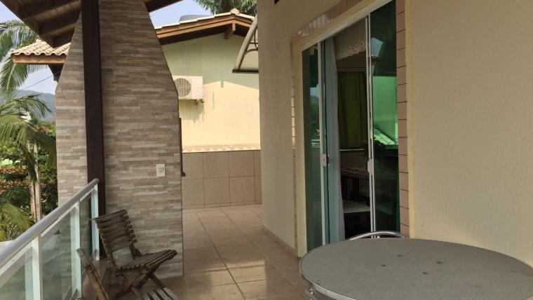 COD C3242 – Casa com 3 dormitórios na Avenida Fragata