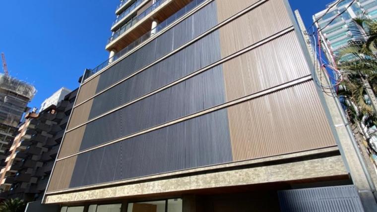 COD VA015 – Apartamento em Meia Praia com 2 Suítes e 2 Demi-suítes