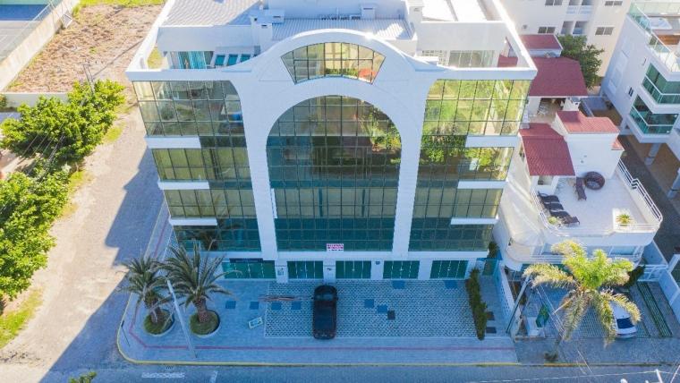 COD VA017 – Apartamento de 2 suítes à venda em Canto Grande